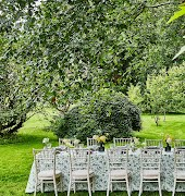 Ideas for planning a back garden wedding